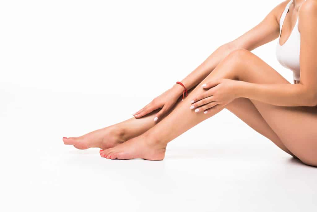 Epilation femme – Demi-jambes